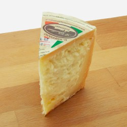 """""""Il Ruffiano"""" pecorino cheese"""